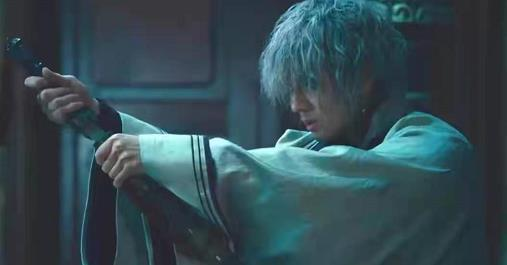 《浪客剑心最终章:人诛篇》电影从一开始便火力全开,132分钟从头爽到尾-米时光